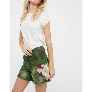 New Free People Embroidered Scout Short Size 2